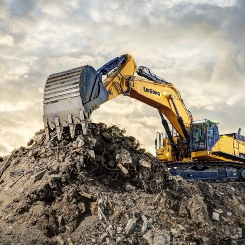 LiuGong's New 95 Tonne Excavator, 995F, sets the new standard in mass excavation.